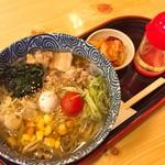 丸天 - 料理写真:冷やしらーめん(750円)