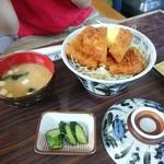 水峰 - ソースカツ丼 880円 唯一納得価格かな~?