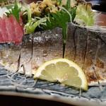 さかな処 魚鐵 - 刺身五種盛り合わせ:炙り〆鯖