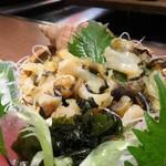 さかな処 魚鐵 - 刺身五種盛り合わせ:つぶ貝