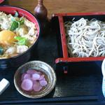 54524814 - 親子丼と中鉢そばセット
