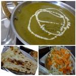 インドネパール料理 ヒマラヤキッチン - *シンプルに「ほうれん草」のみです。 同じく辛さを「3」にしたのですけれど、こちらの方がマイルドに感じますね。 *「ナン」は小さ目で、甘みのあるタイプ。 *サラダはキャベツ主体。