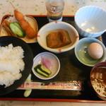 かにや - 料理写真:モーニングセットB(和食)