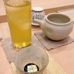 鮨わたなべ - 日本酒 冷茶