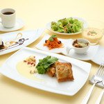 プール トァ - 料理写真:ランチ「おばんざいコース」