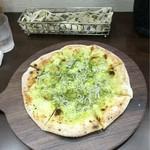 津のものキッチン - しらすピザ