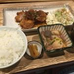 54541190 - お肉定食!