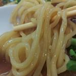 54541871 - ストレートな太麺が旨い!