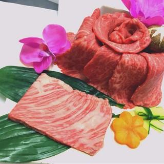 お誕生日の方に♪黒毛和牛肉ケーキプレゼント!!