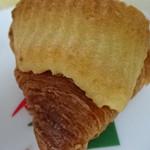 八天堂 - 料理写真:クリームクロワッサン