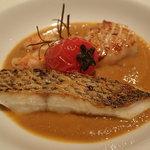 54552650 - 長崎の鯛、ホタテ、天然赤海老 ローズマリーが香るリヴォルノ風カッチュッコ