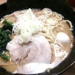 麺家 神明 - とんこつ