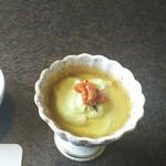 54556248 - 枝豆、クリームチーズ、雲丹