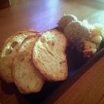 マルタニ - 鶏肝とゴボウのレバーパテ