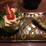 54560908 - 干し豆腐と小さなサラダ&稚鮎のフリット