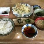 蛙の子 - 山菜定食 ¥1100