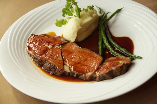 37 Roast Beef - USリブロースのローストビーフ 100g
