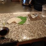54567666 - 「湯来町特産子持ちコンニャク刺し」(450円)                       「黒龍/九頭龍」(500円)