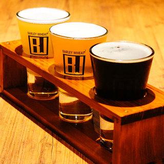 全国各地から10種類以上の国産クラフトビールを取り揃えました