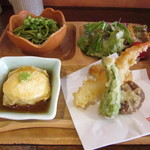 もっせ~明石海鮮と日本酒の和食酒場~ - 贅沢ランチセット(サラダ・湯葉しゅうまい・天ぷら・茶そば)