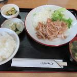 お食事処 もめん - 料理写真:生姜焼定食(\750)