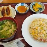 キッチンハウス - 500円ランチ、ピラフと焼き餃子