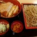 薮蕎麦 - 料理写真:カツ丼のセットです。