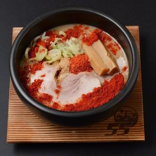 つけ麺レッドなど変わり種も豊富!!