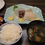 函館ダイニング雅家 - イカ刺定食