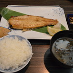 函館ダイニング雅家 - ほっけ定食