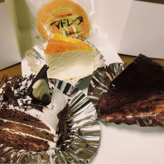 サフラン洋菓子店 - 料理写真: