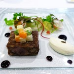 ラ ジュネス - 仙台牛の煮凝りに彩り野菜とレフォールクリーム