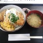とんかつ専門店カツヨシ - ランチ カツ丼\700
