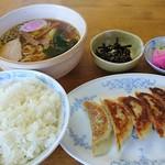 棒屋 - 料理写真:餃子セット850円