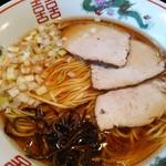 らーめん はまや - らーめん620円、綺麗なスープです。