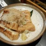 升亀 - 栃尾の油揚げ(680円)