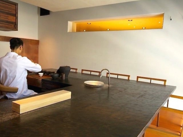 櫻井焙茶研究所 - カウンター席