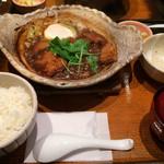大戸屋 - チキンの味噌かつ煮定食