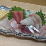 魚河岸 - お刺身 美味しい!