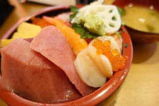 三友 蓮 - 上海鮮チラシ寿司