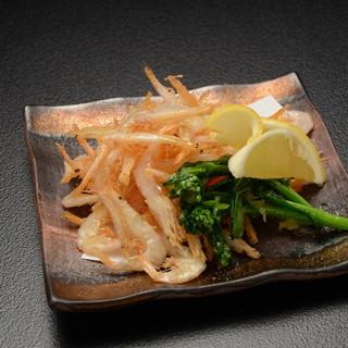 魚屋直営の寿司居酒屋で、新鮮な魚介の創作和食を!