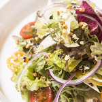 nu dish Mousse Deli & Cafe - 新鮮なお野菜サラダ