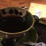 あんこ椿 - 自慢のコーヒーです。ささらりとして、コクがあります。