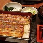 うなぎん - 料理写真:夏バテ予防に鰻重