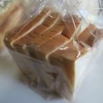 リトルバイリトル - 料理写真:食パン280円也