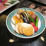 游玄亭 - 野菜焼きの器が美しい・・