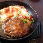 ステーキハウス 一牛 - オリーブ牛のハンバーグです。