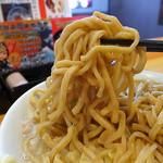 毘侍家 - 日清オーション使用の強力ゴワ麺