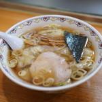春木屋 - ワンタン麺