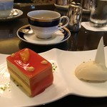 54631788 - 2016年8月 マンゴーケーキとバニラアイス♪